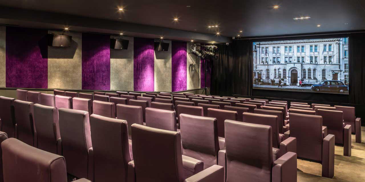 London Heist, Screening.
