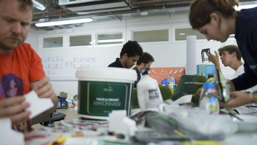Art Team, Signature Team.
