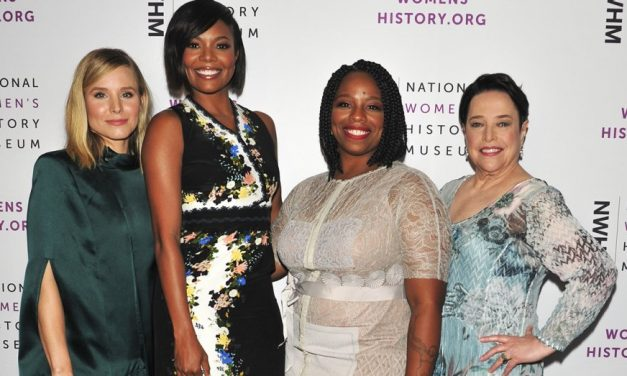 Kathy Bates Honored at Women Making History Awards.